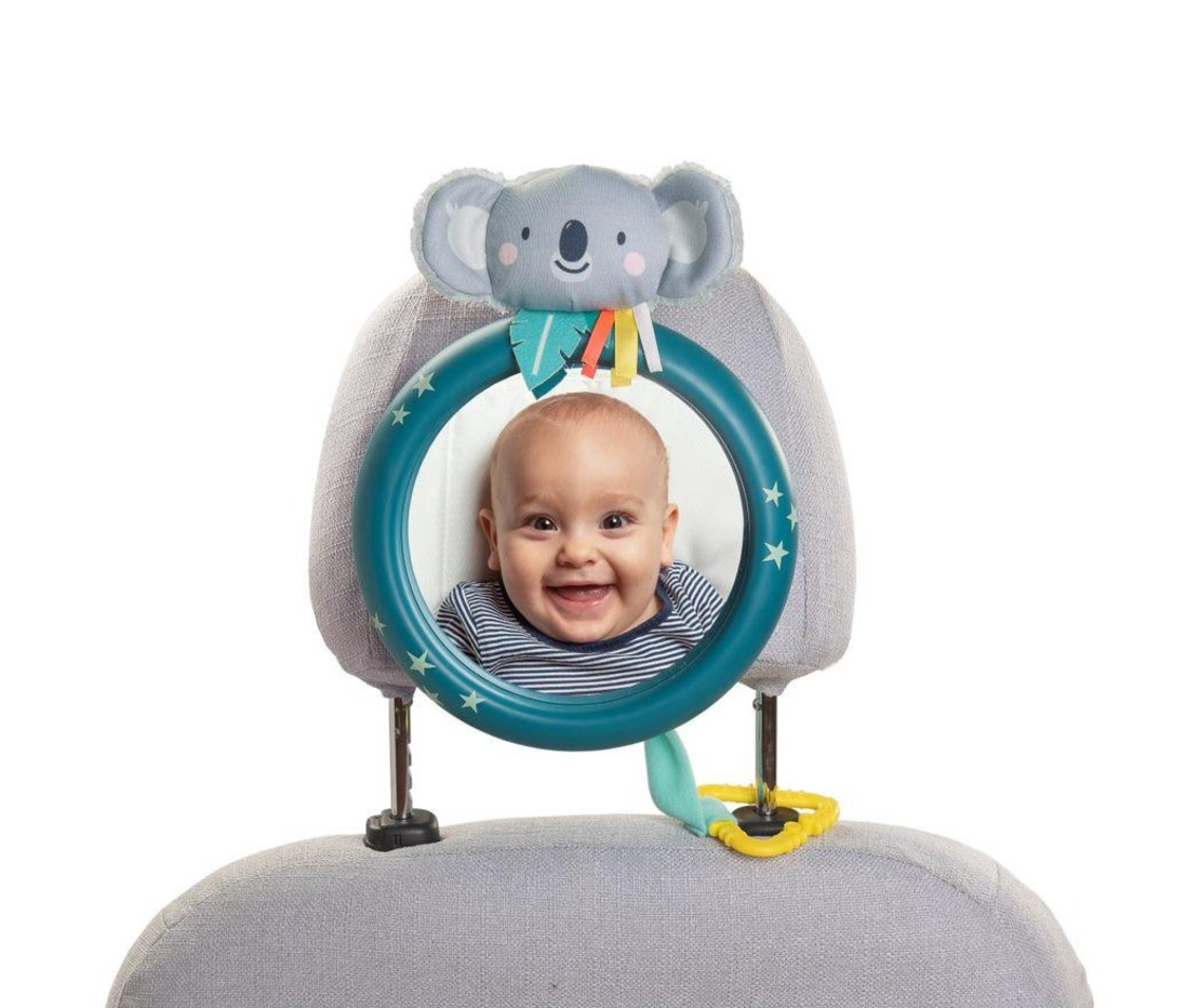 37# - WOW לבת : חבילת לידה מנצחת ומגוונת : קופסת בד מתקפלת, מראה בטיחותית לרכב, מובייל עגלה, בובה מנגנת לתליה, שמיכה רכה, חליפת שני חלקים ורעשן טבעת קטיפתי
