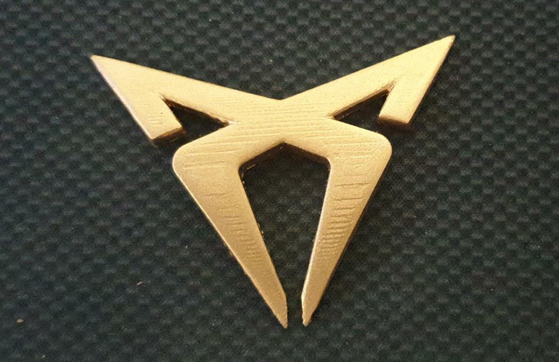 סמל קדמי - קופרה לאון 5F