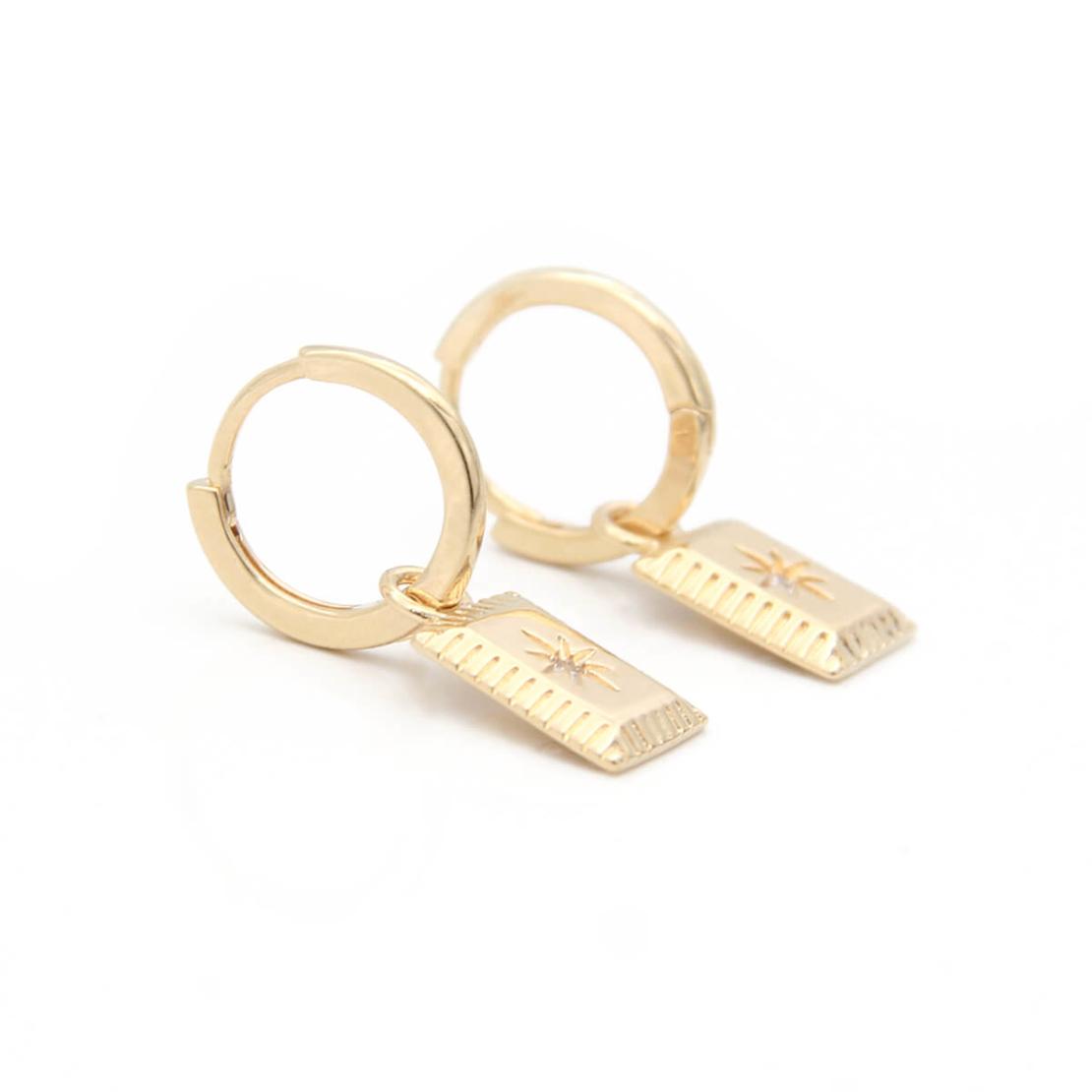 עגילי חישוק פלטה זירקון - כסף 925 בציפוי זהב מיקרוני