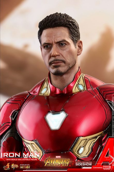 Iron Man Mark L Sixth Scale Figure by Hot Toys | Catarma