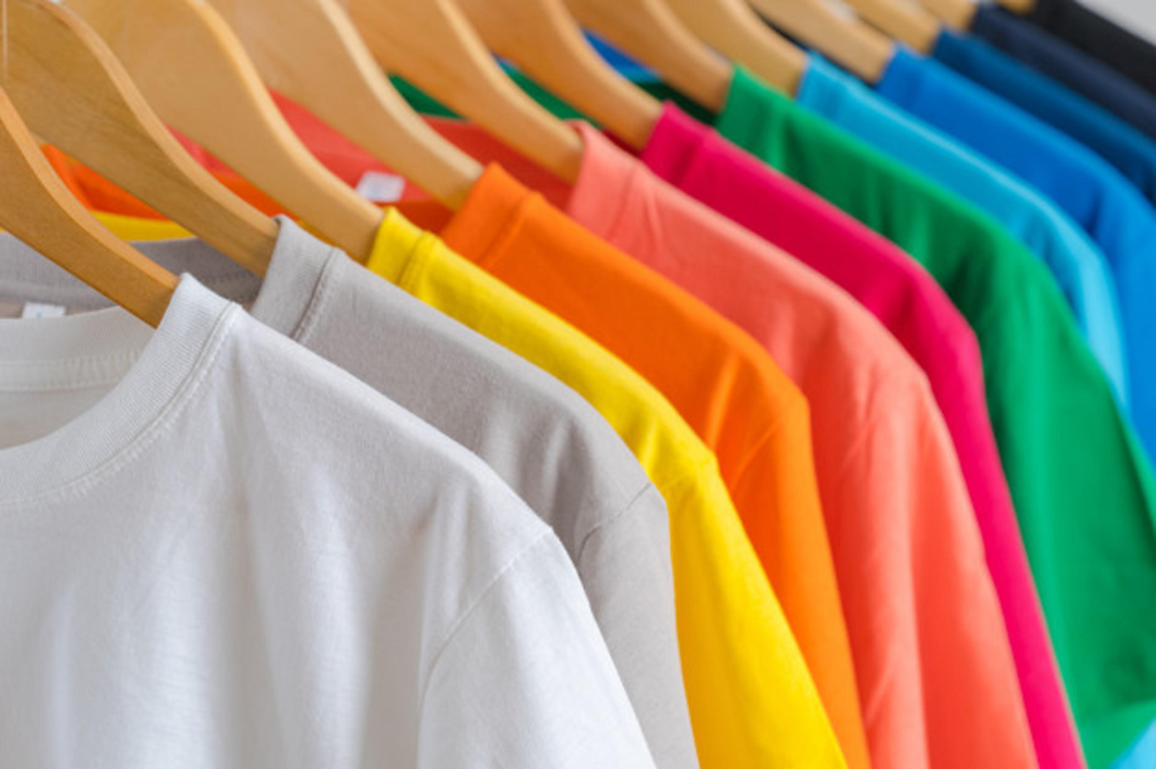 הדפסות על חולצות,רקמות